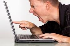 Les médias sociaux, outils de défense de clients éconduits !