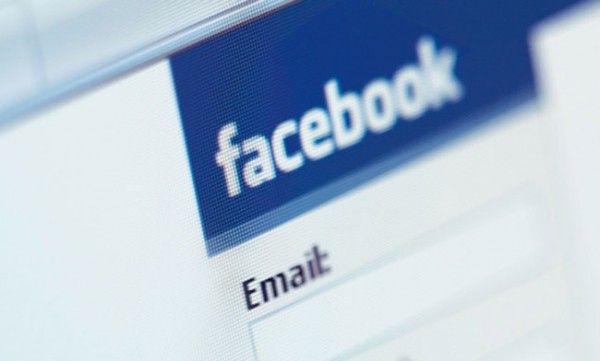 facebook-email-données