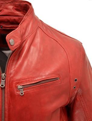 blouson en cuir rouge